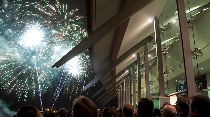 balcony-fireworks